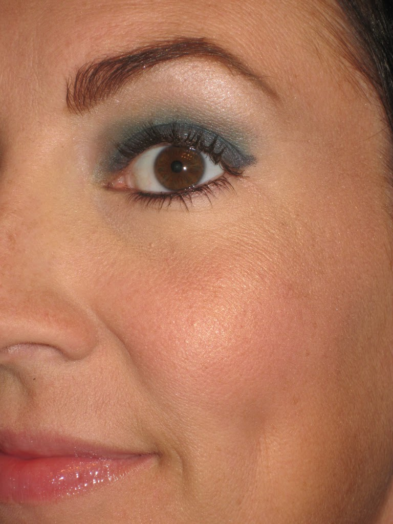 Get Noticed Cheekbones With Too Faced Cosmetics Quot Snow