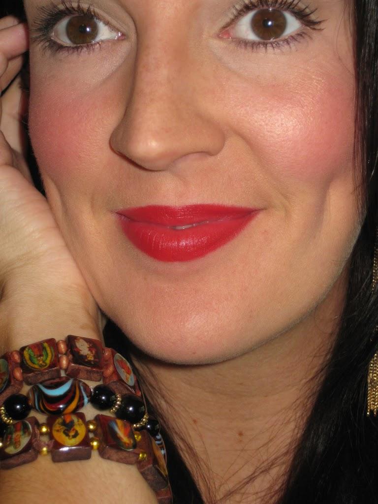 Mac Red Lipstick: Red Hot Cult Favorite :: MAC Russian Red Lipstick