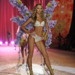 One Beauty Secret We Could All Learn From A Victoria's Secret Model