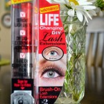 Video : Physicians Formula Eye Booster Instant Lash Extension Kit
