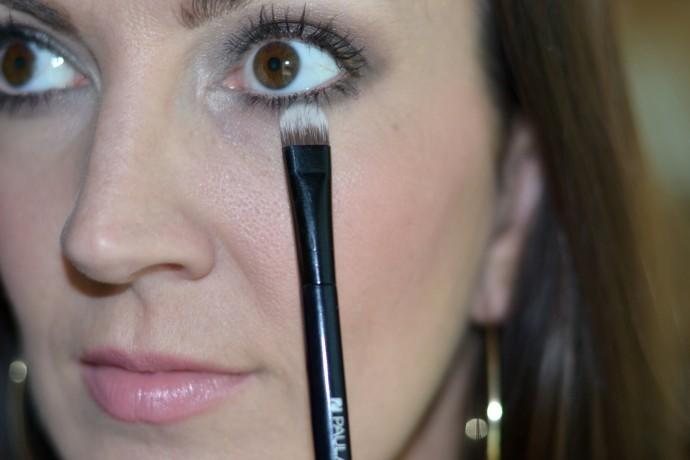 how to create a simple smokey eye