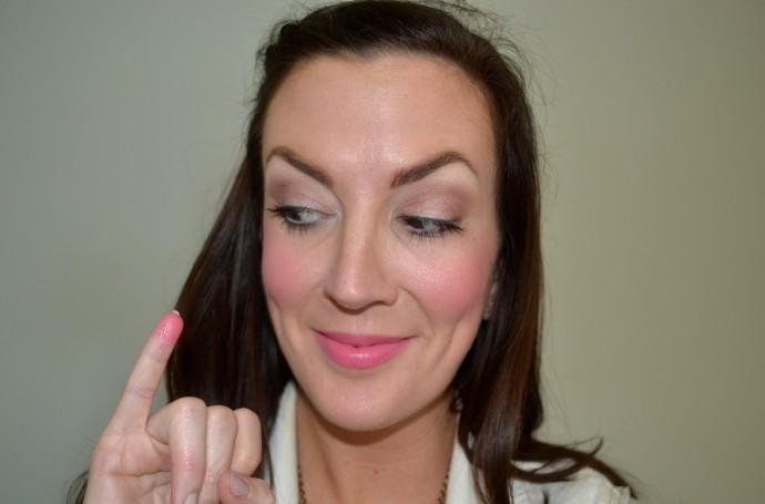 how to apply cream blush