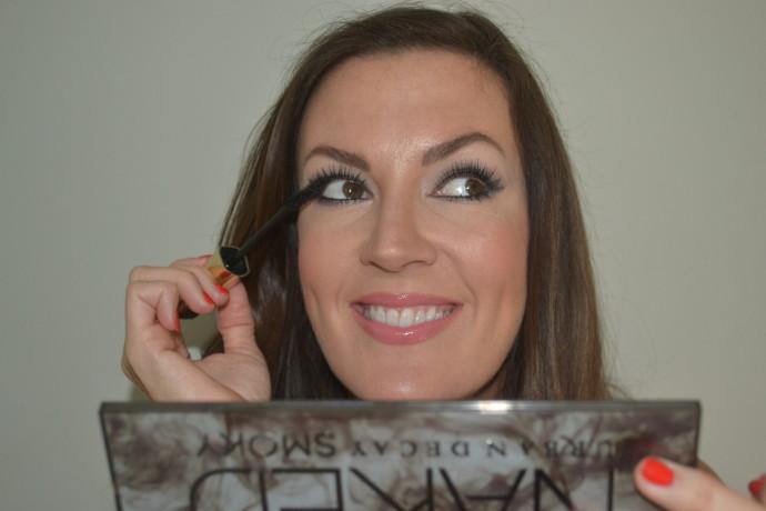 how to create smoky eyeshadow look