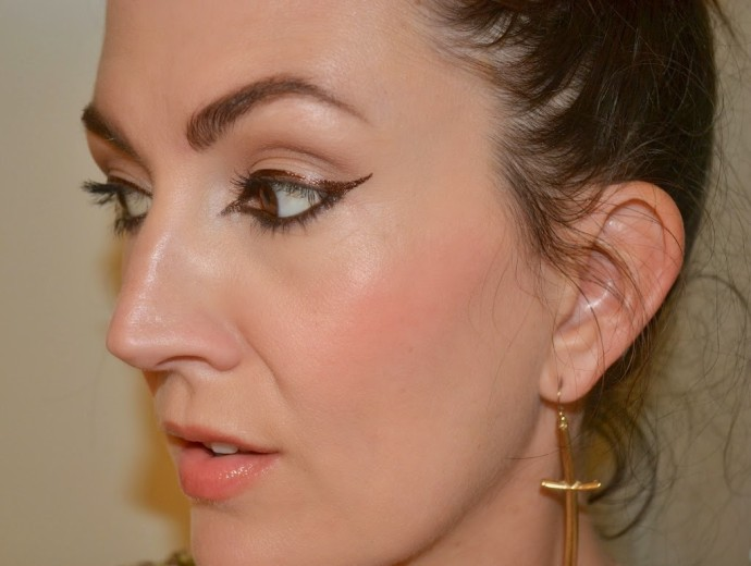 cat-eye-winged-eye-beauty-blogger-jennysue-makeup