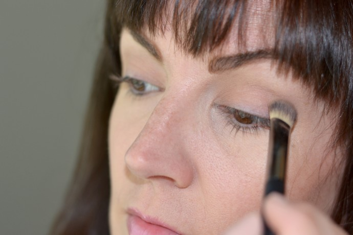 steps-to-create-a-bold-graphic-mod-eye-look