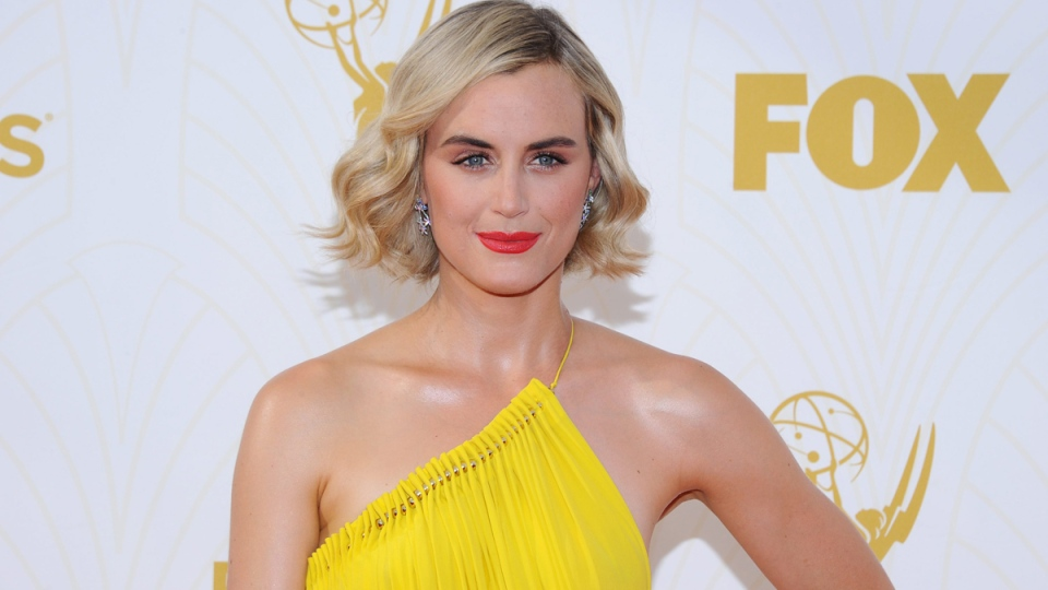 5 Hottest Lip Looks From The 2015 Emmy Red Carpet
