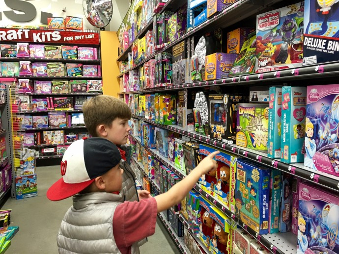 shopping_for_kids_five_below