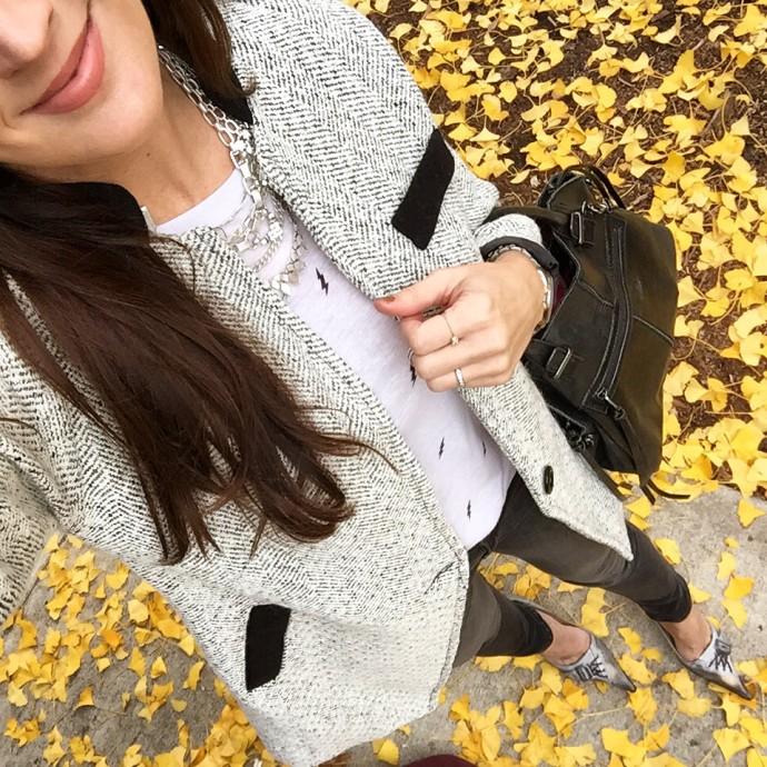 how-to-style-gray-denim-leggings