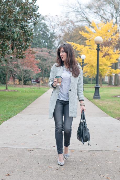 how-to-style-denim-leggings