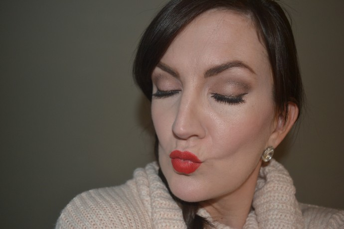 easy-ways-to-glam-up-your-makeup