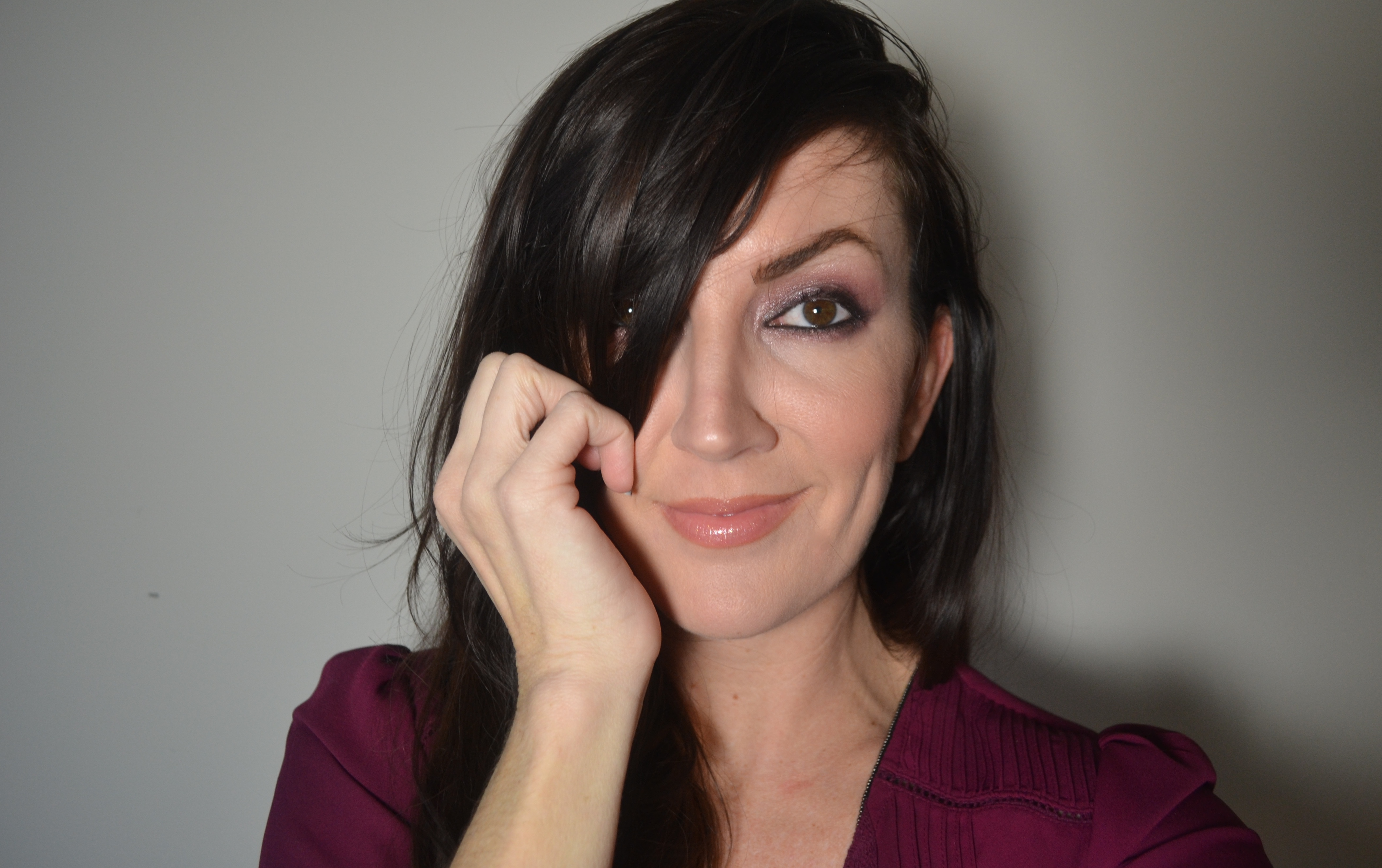 Recreating Olivia Wilde S Golden Globe Maroon Eye Makeup Look Jennysue Makeup