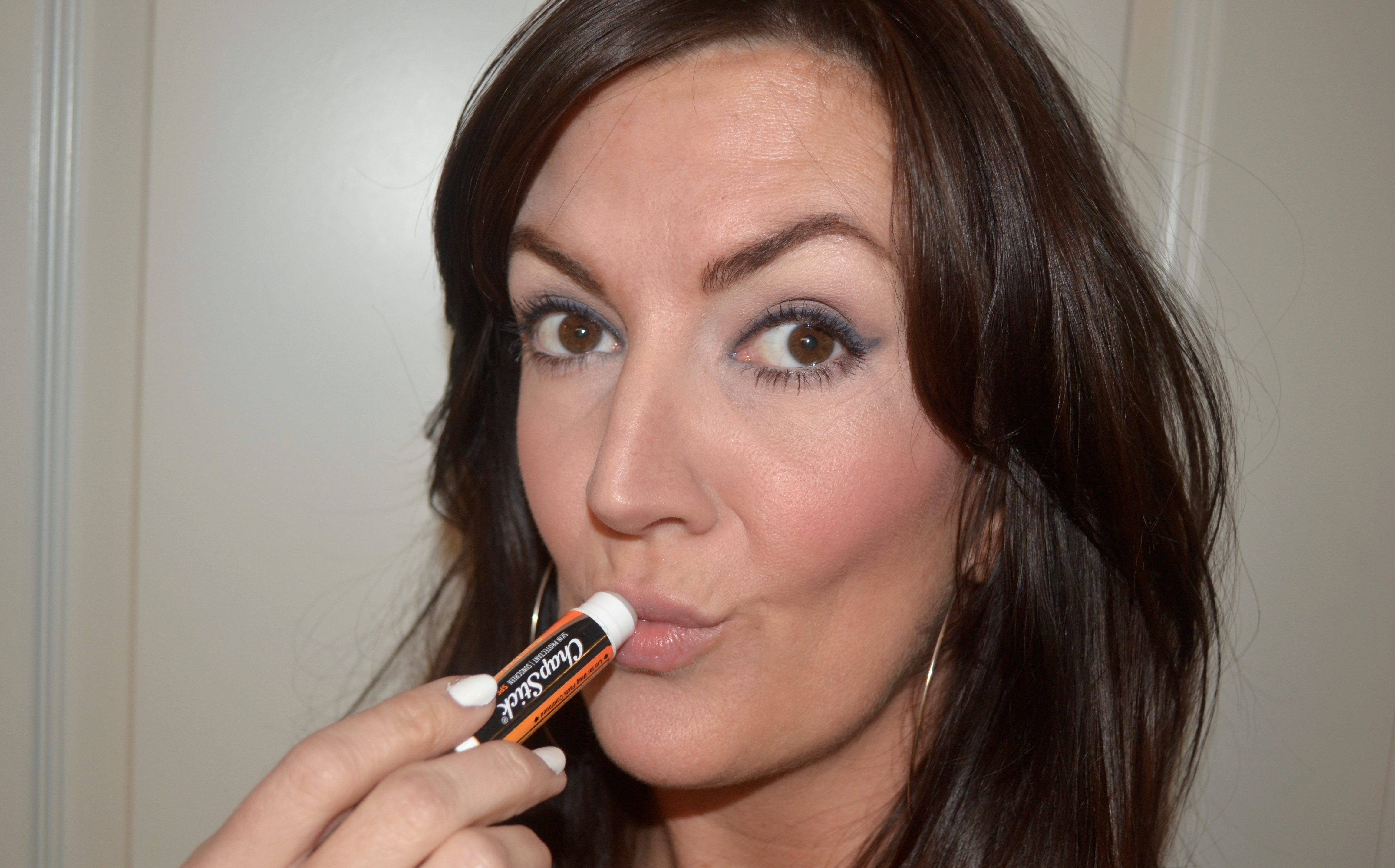 chapstick-skincare-for-lips