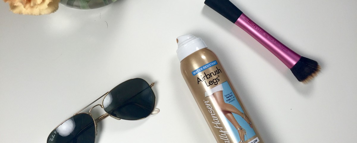 Why I Need Leg Makeup For Summer :: Review Of Sally Hansen Airbrush Legs
