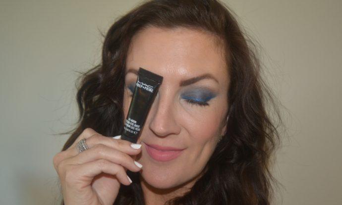 eyeshadow_stay_put_tricks