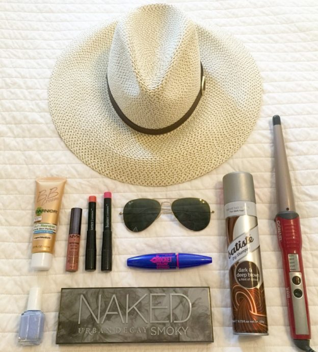 beach_getaway_beauty_essentials