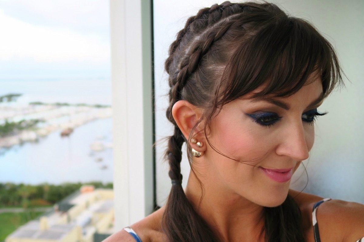 deep_blue_eyeshadow_braids