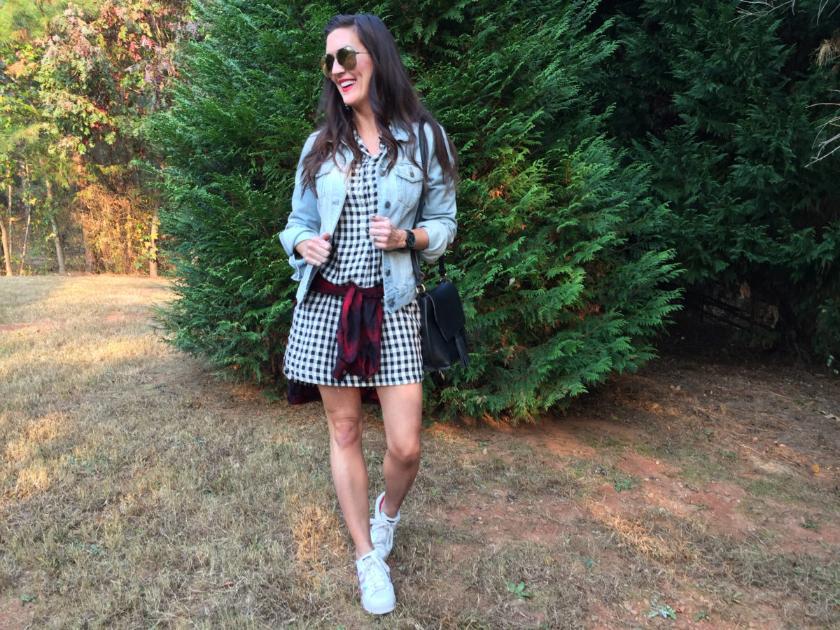 holiday-casual-outfit-inspo-mixing-plaids