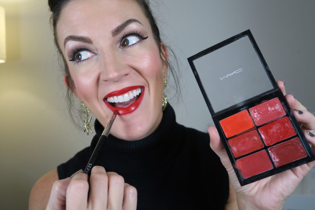 easy_holiday_glitter_red_lip_mac_red_lipstick
