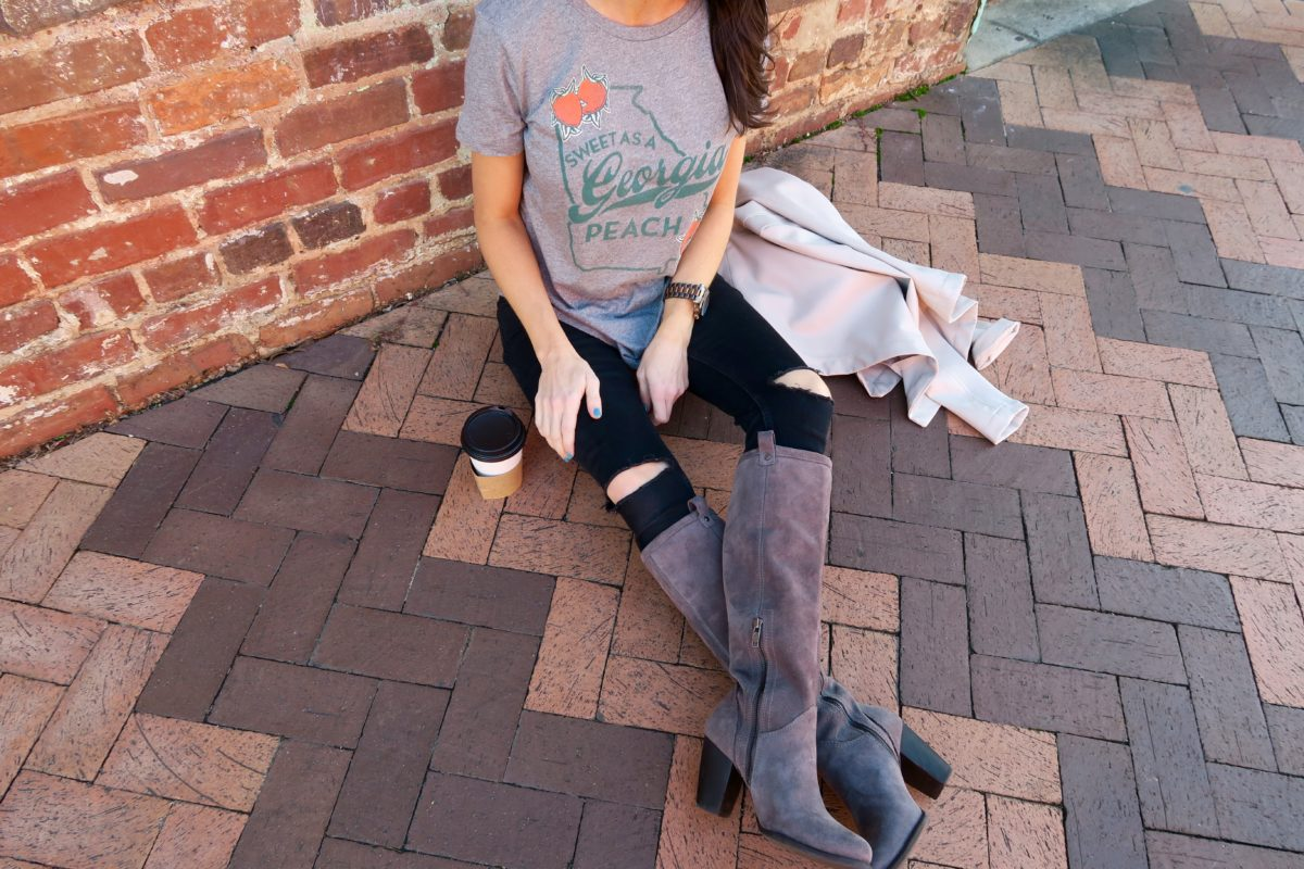pretty as a peach georgia tee athens ga blogger