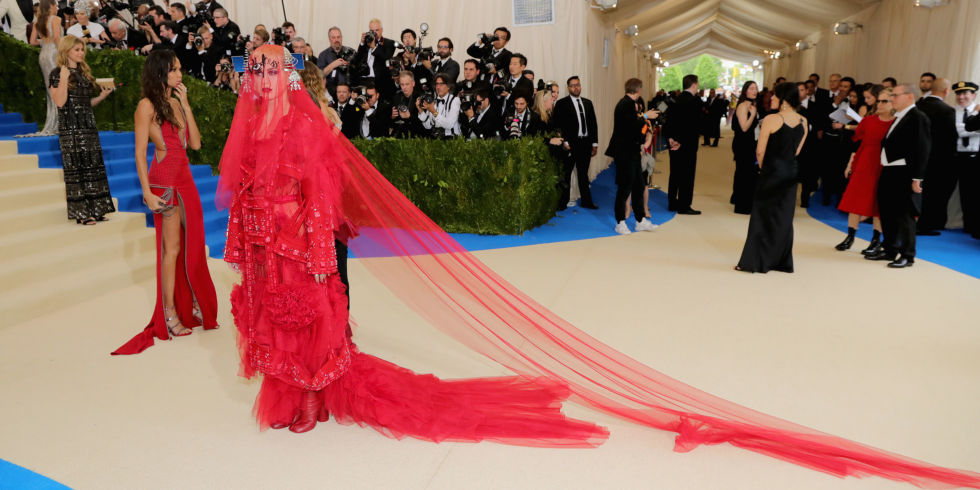 The Most Marvelous 2017 Met Gala Makeup & Hair Looks