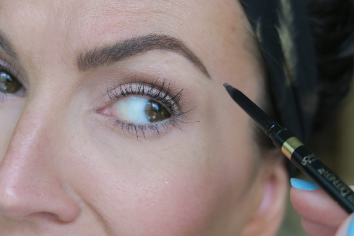 how to fill in eyebrows more naturally trick