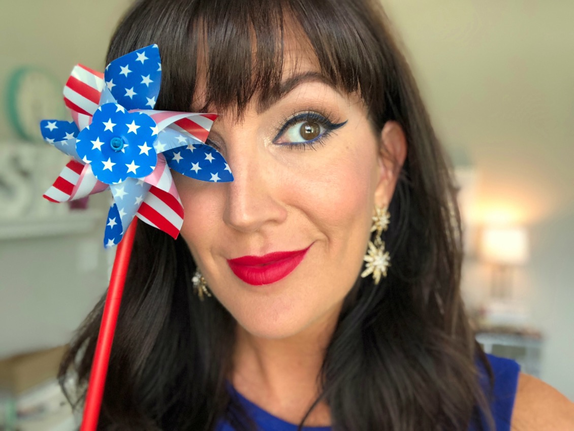 fourth of july makeup looks over 40 beauty blogger Jennifer Duvall