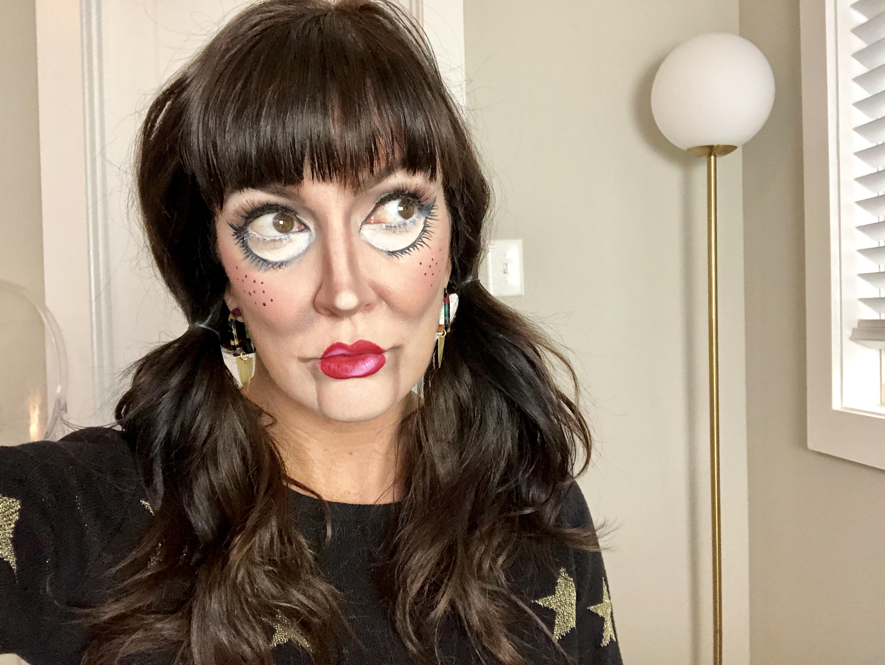 creepy doll makeup for Halloween makeup ideas