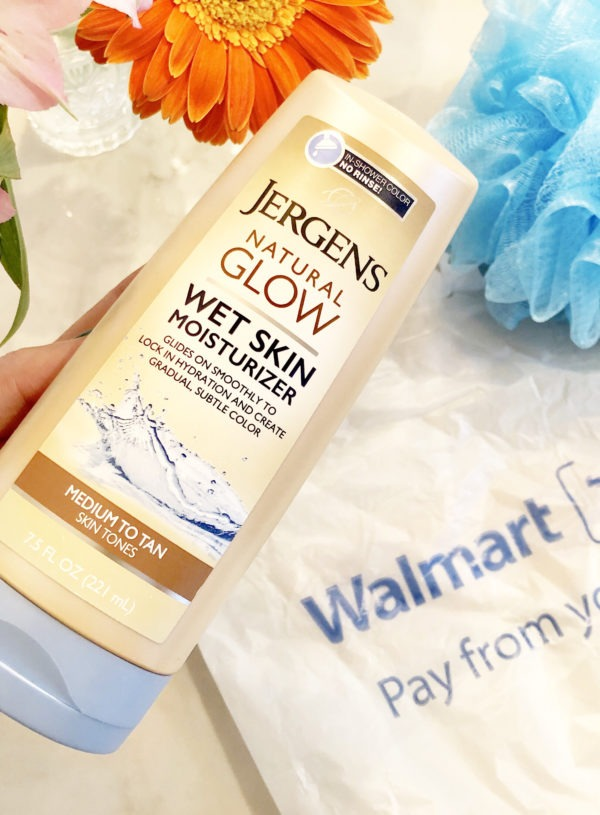 Ease Your Skin Into Summer For Less Than a $10 Dollar Bill With Jergens Natural Glow Wet Skin Moisturizer